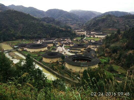河坑土楼村。